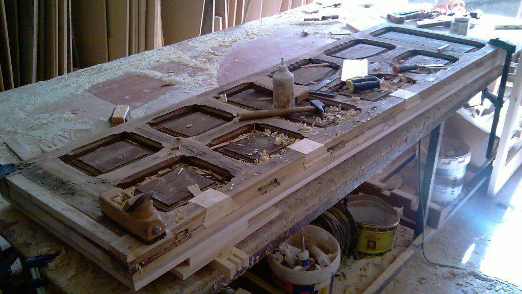 Restauración de carpinterías de madera. Recuperando la memoria.